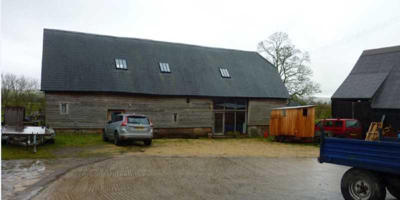 Conversion of former office to residential permitted at rural barn