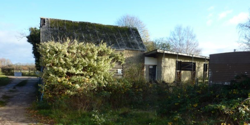 Barn and stable conversion permitted in Wilthsire