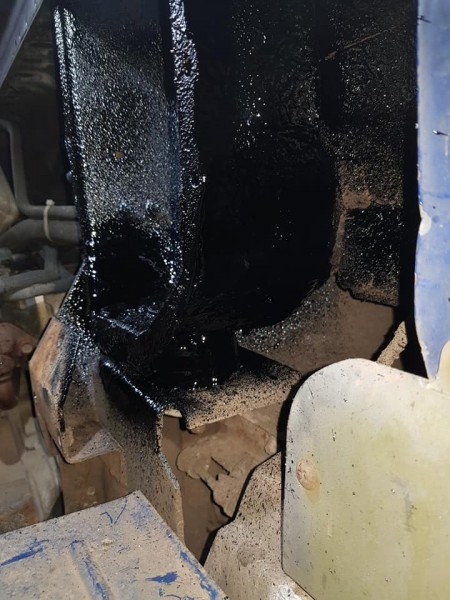 Repaired engine mount welds with rust proofing